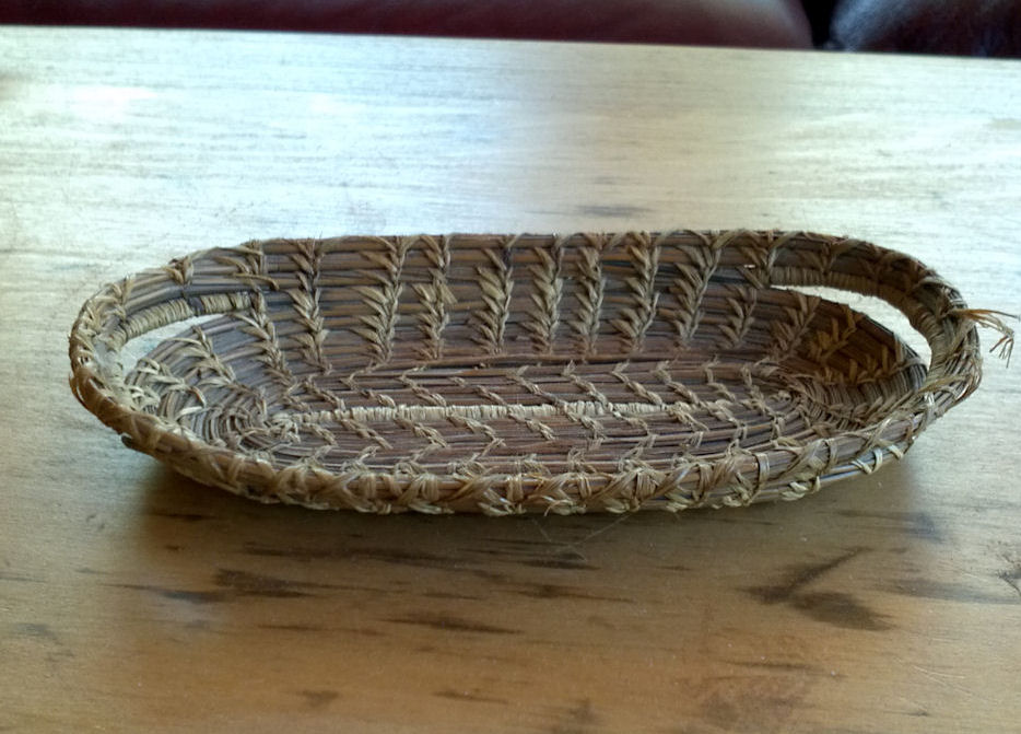 Small Patterned Medicine                                         Papago Native American Element                                         Tray Basket